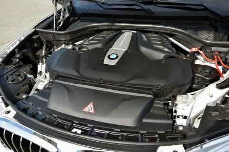 089756-first-drive-2014-bmw-x5-xdrive30d-and-2014-bmw-x5.1-lg.jpg