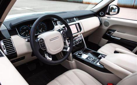 2013-Land-Rover-Range-Rover-HSE-front-interior-22.jpg