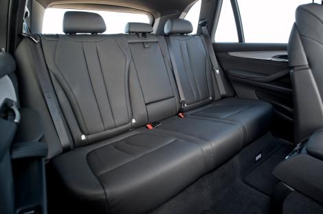 2014-bmw-x5-rear-seatsjpg.jpg
