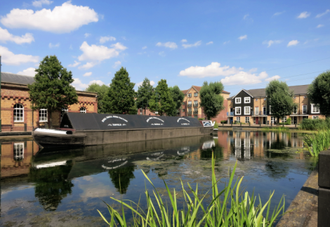geograph-4105358-by-Des-Blenkinsopp-Canal-Boat-in-the-Village-742.png
